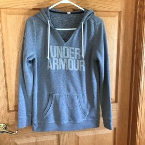 Under Armour, hood sweater, size small petite